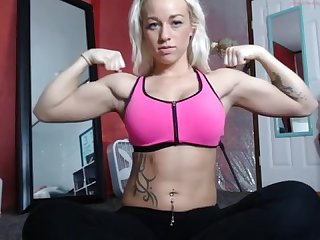 Anthonna tiff fit girl flexing