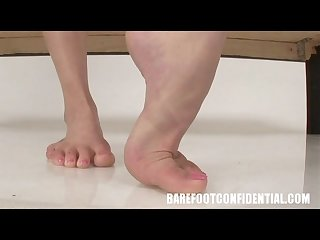 Carli banks and samantha ryan like feet