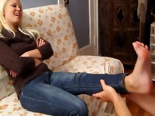 Goddess dee s hot steamy feet