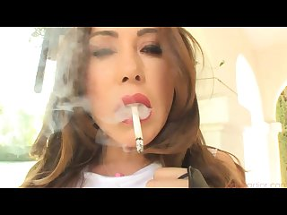 More of kinky Kianna smoking i fucking love her