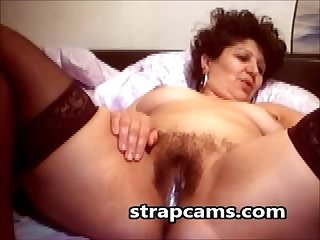 Hairy granny masturbation on webcam