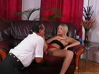 Blonde slut jessica masturbates and gets eaten out