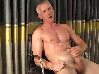 Hotel tighty whities heavycum from xtube