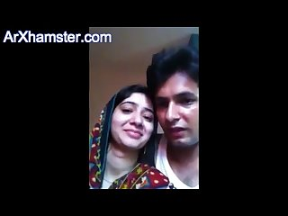 Pakistani couple honeymoon from arxhamster