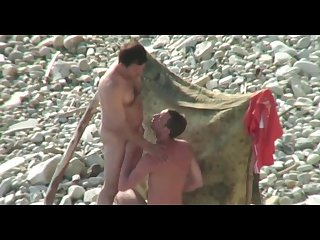 Married man get bj on the beach p