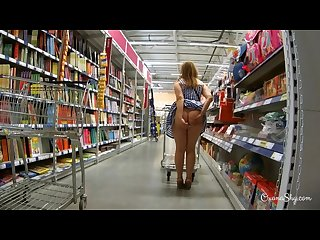 Public flashing and butt plug in store