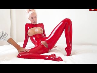 Leanne red latex german amateur