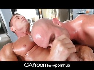 GayRoom Hairy chest stud oiled and ass fucked on massage table