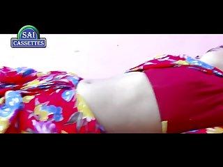 Navel agar magar sexy Bhabhi devar enjoying on bed seductive video