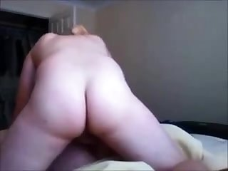 Redhead milf creampied on real homemade