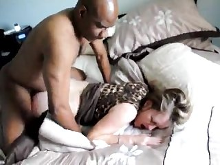 Cuckold watches wife enjoy bbc