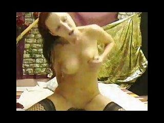 German webcam slut rides a dildo