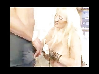 Milf juggernaught fucked by pussyman