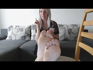 Dating mom s feet joi