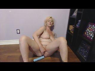 Sexy slut squirting orgasms