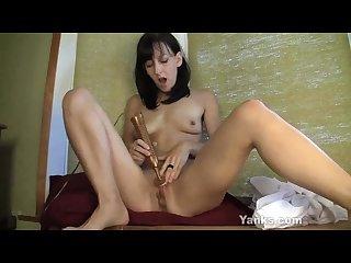 Cute Elise masturbating
