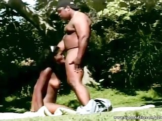 Big ass ebony fucked in the park