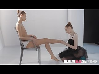 Ballerinas mia reese and rossy bush have strapless dildo fun