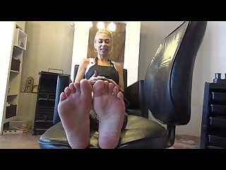 Ebony soles captivatingly sexy