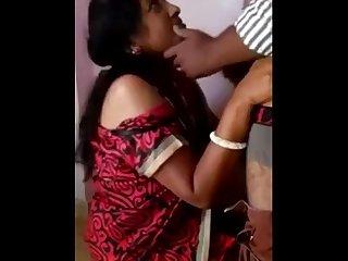 Tamil aunty saree