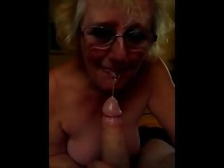 Dirty british granny sucks cock