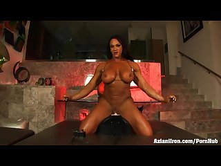 Aziani iron Amber deluca bodybuilder rides the sybian