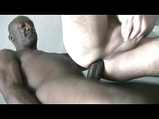 Mature Haitian Top mercilessly bangs-out slut-bottom EMIL
