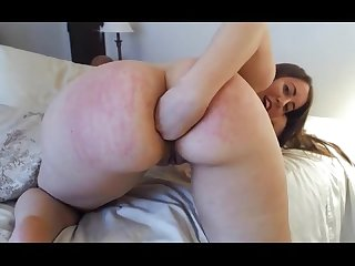 Playful Pawg toys ass on cam