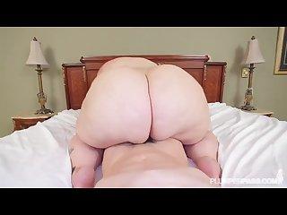 Bbw latina rides cock on bed