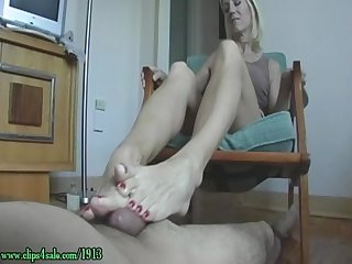 Fetish primacy mo rina footjob