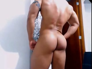 Muscle latino webcam