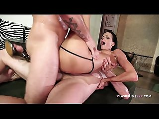 Lasublimexxx liz valery loves double penetrated by two big french cocks