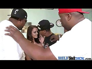Sex Between Monster Black Cock Stud And Nasty Horny Milf (liza del sierra) mov-19