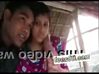 Teen99 com indian village girl kissing boyfriend in outdoor