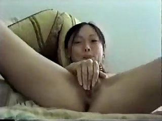 hot asian masturbates pussy with hairbrush perfectcambabes com