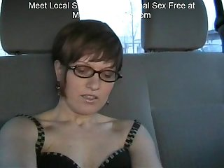 Short hair anal slut car creampie