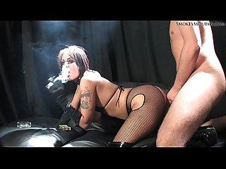 Victoriabrownsmokebg2