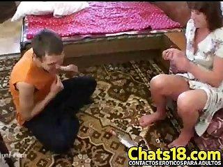 Coje a Madura madre Cojiendo con joven milf mamando fucking