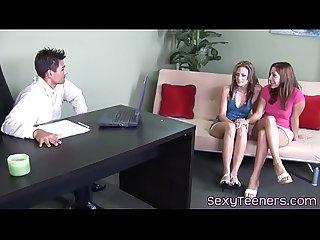 Pussyloving 18yo fristtime cockriding in trio