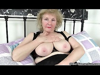British granny claire knight is pleasuring her old cunt