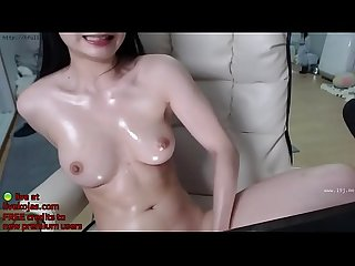 Asian busty lady fingering hard live at livekojas com