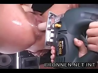 japanese girl extreme bdsm rough sex and squirting - BRONNEN.NET/INT/