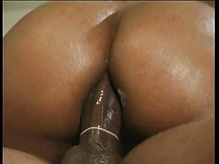 Ebony star cinnabunz in black tails 3