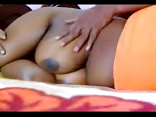 Chubby aunty in Saree boobs massage by hubby