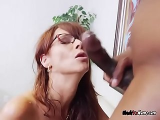 Mature Harlot Syren De Mer Gets Double Dicking