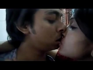 Hot indian hindu babe makes a sextape with her muslim love