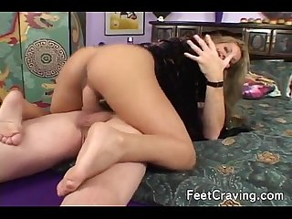Busty girl get her feet worshipped