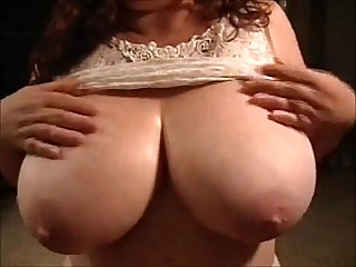 Tittyfucking the most amazing milf knockers