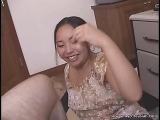 Chubby asian amateur housewife gives a hot blowjob