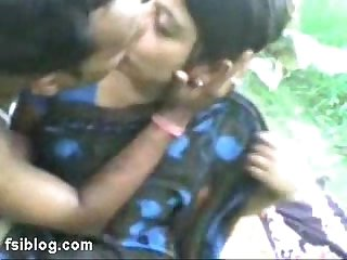 Indian Aunty outdoor sex